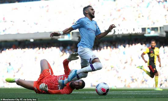 Riyad Mahrez won the penalty after Ben Foster brought down the Algeria international inside the area after six minutes.