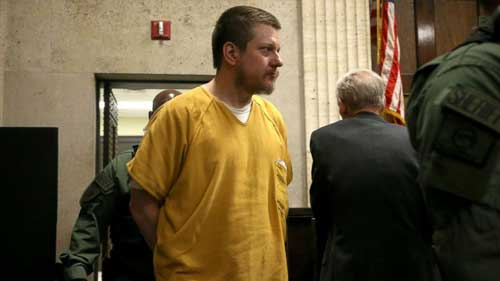 Former Chicago police officer Jason Van Dyke sentenced to 81 months in prison for Laquan McDonald murder