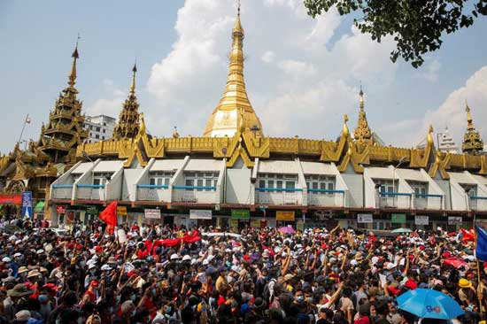 People rally in a protest against the military coup and to demand the release of elected leader Aung San Suu Kyi, in Yangon, Myanmar, February 7, 2021. Reuters photo.
