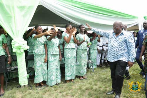 President Akufo-Addo acknowledges the cheers of students of SDA-SHS