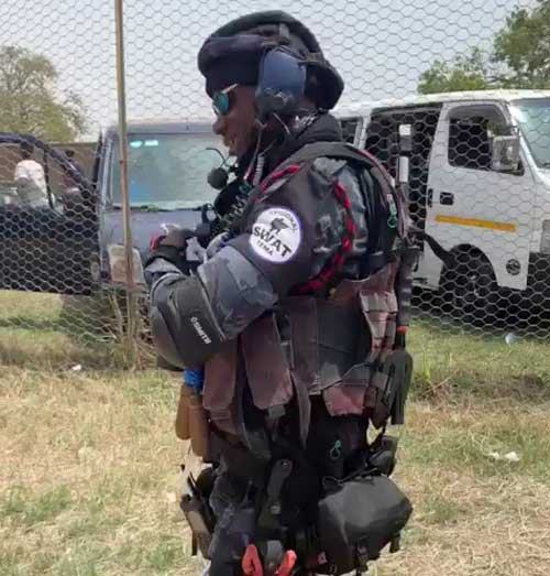 Ghana Police Serviceman steals the show with his SWAT apparel